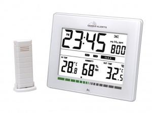 Air quality monitor with quartz clock