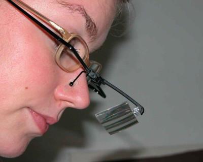 Brillenlupe mit 3 Vergrößerungen