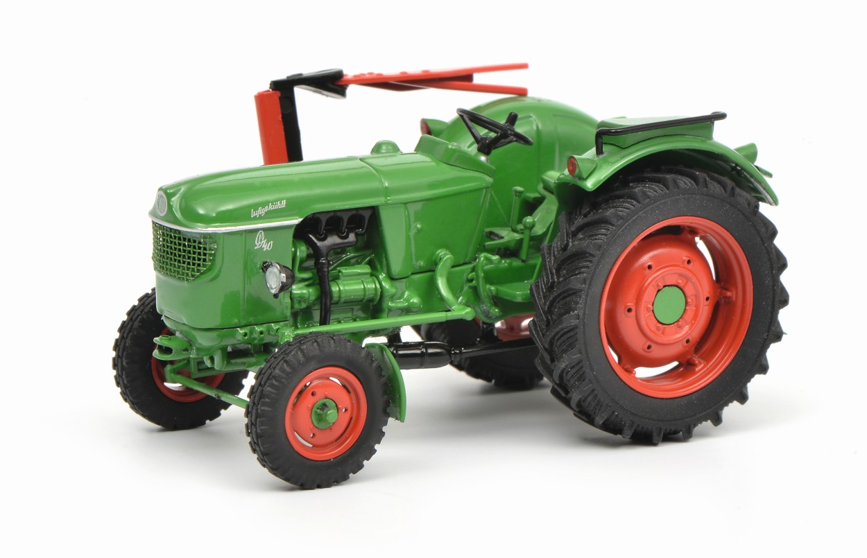 SCHUCO-Modell Deutz D 40 L Traktor, grün